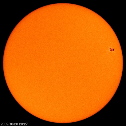 Sunspot AR 11029 on the surface of the Sun on the morning of Thursday 29 October 2009 (AEDT), image courtesy SOHO/MDI