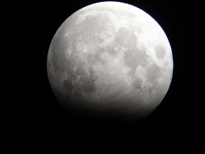 Moon eclipse 17 October 2005_Nick Lomb