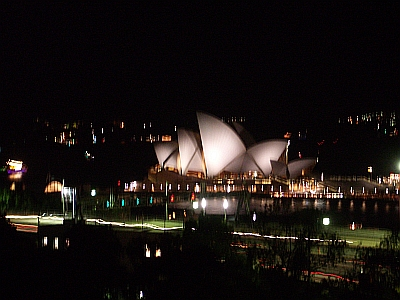 Sydney Opera House after Earth Hour_Nick Lomb