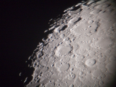 gibbous-moon_10-september_nick-lomb-2