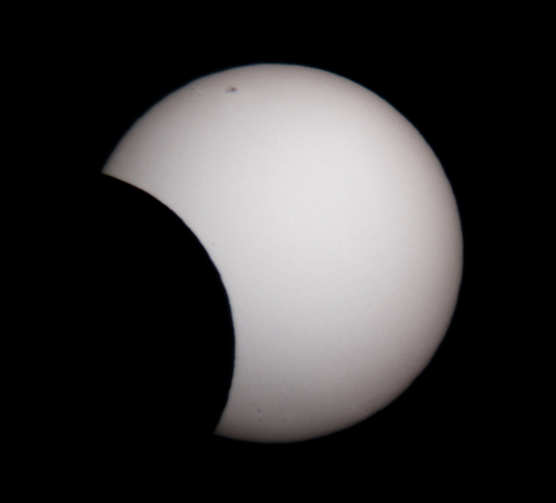 Partial eclipse 10 May 2013_8_41 am_Nick Lomb
