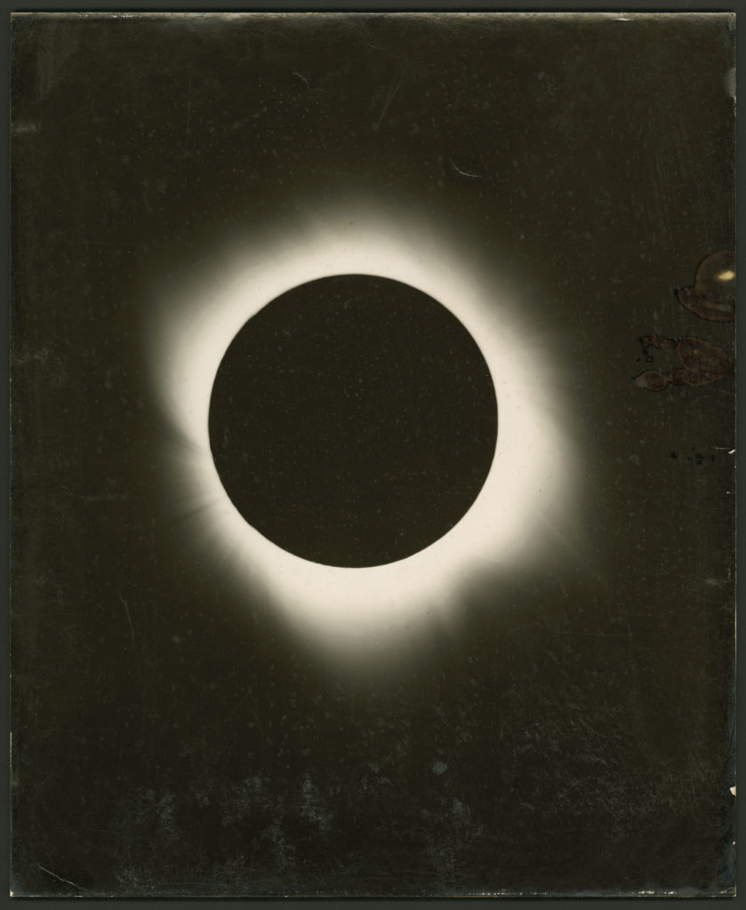 The total solar eclipse of 1922