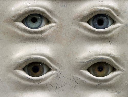 Glass eye models from the museum collection
