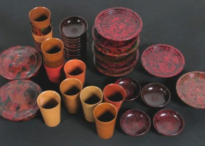 Plastic cups and plates from the collection