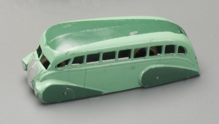 Dinky Holland Coachcraft Streamlined Bus
