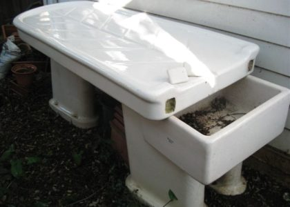 Mortuary table positioned outside