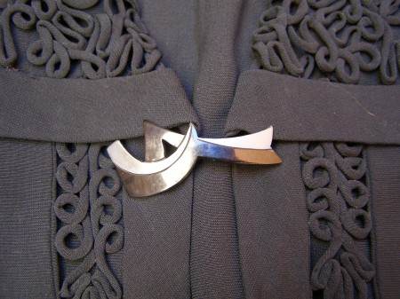 Close up image of fastening art deco brooch
