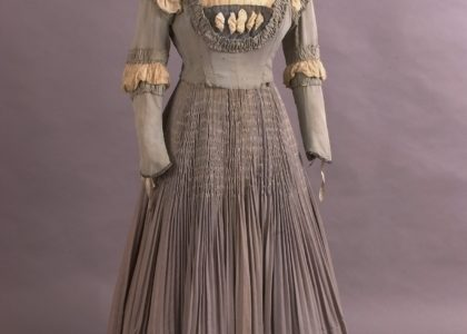 Costume opera, dress, worn by Dame Nellie Melba