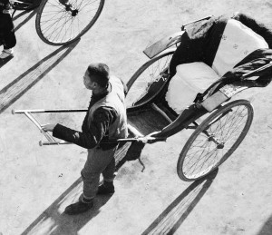 Rickshaws with pneumatic-tyred bicycle wheels, photograph by Hedda Morrison, Peking, China, 1933-1946. Collection of the Powerhouse Museum, Sydney, Australia. 92/1414-211.