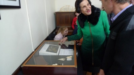 Governor Marie Bashir viewing the Powerhouse Museum loan in the exhibition