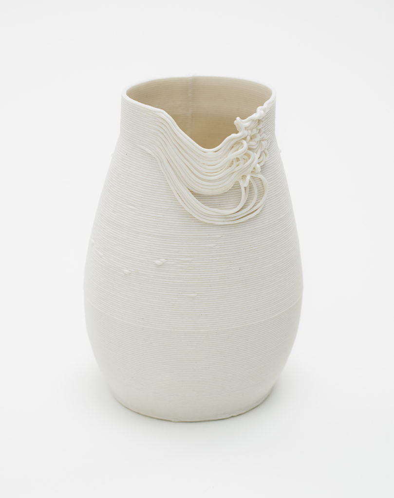 Ceramic vessel, made of 3D printed porcelain
