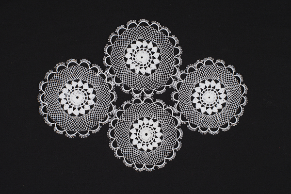 Lace doily, crochet, knotting, tatting, cotton / synthetic fibre