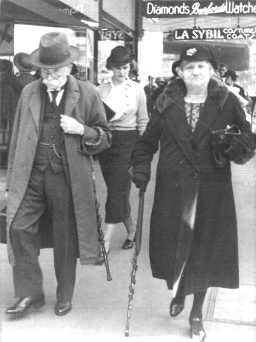 Photograph of Robert and Cordelia Read with their walking sticks